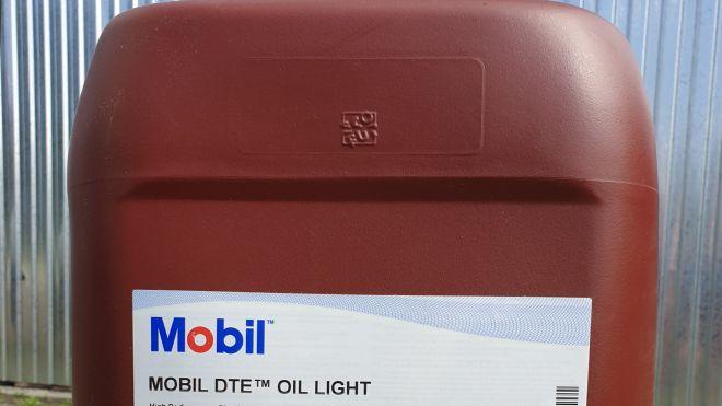 Olej obiegowy Mobil DTE Oil Light w Katowicach