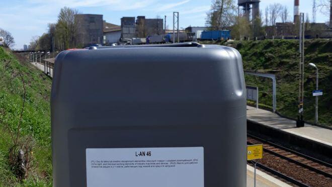 Olej maszynowy Orlen LAN 46 dostarczony w Katowicach na Ligotę.