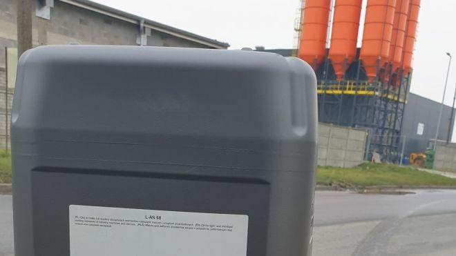 Olej maszynowy LAN 68 dostarczyliśmy do zakładu remontowego